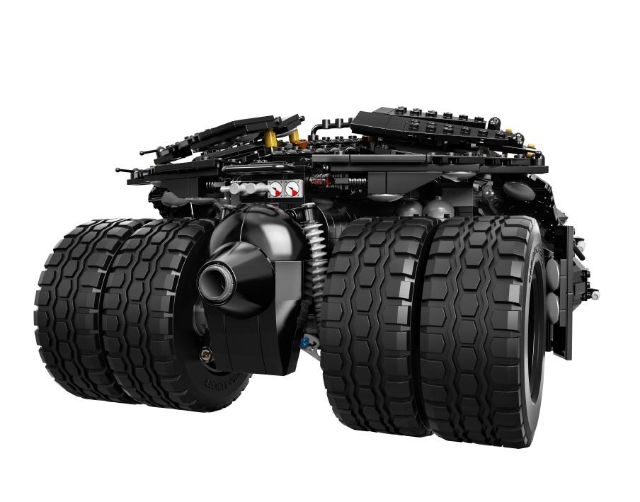 Dark-Knight-Tumbler-Lego-4.jpg