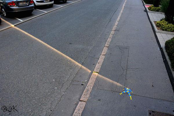 creative-street-art-oakoak-2-2.jpg