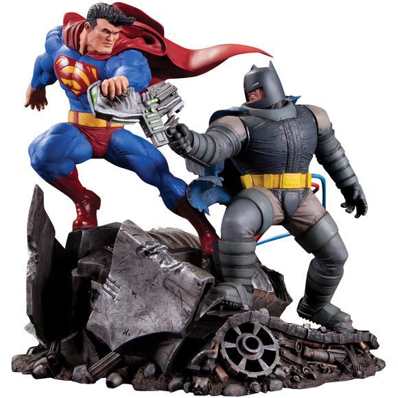 batman-v-superman-dawn-of-justice-comic-con-footage-description