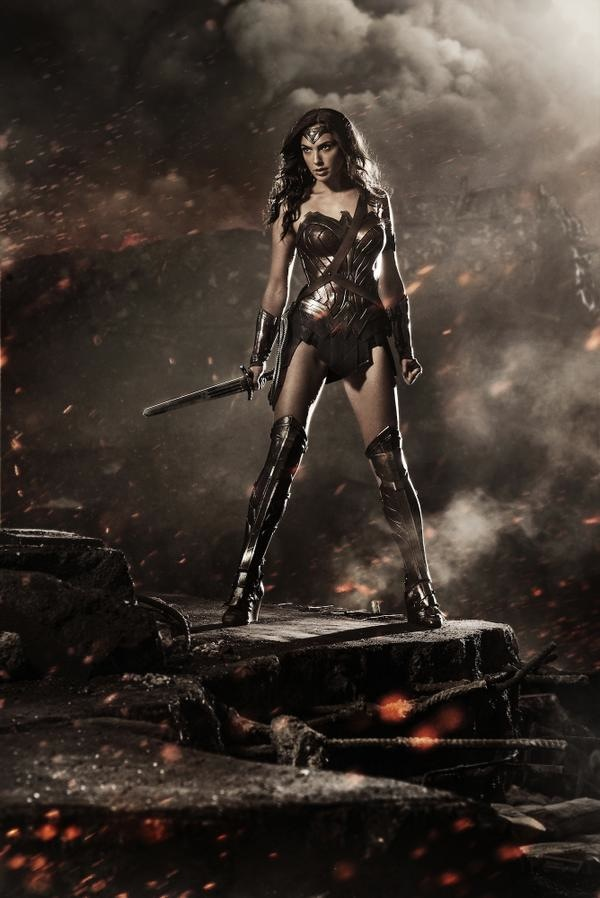 first-look-at-gal-gadot-as-wonder-woman-in-batman-v-superman