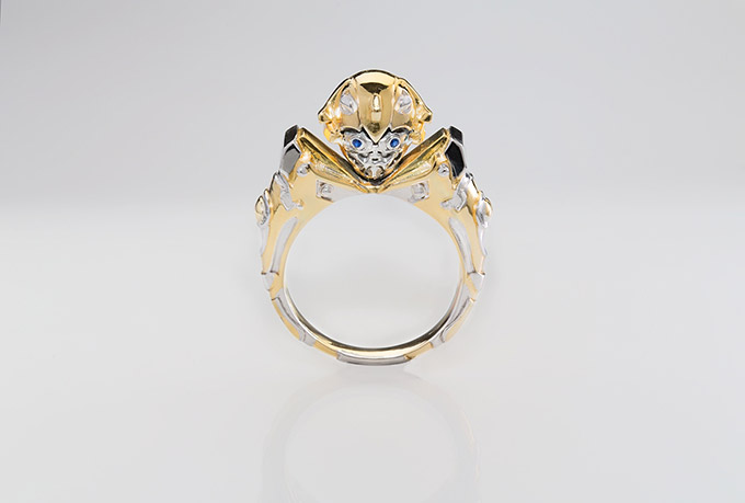 gold-plated-bumblebee-transformers-ring1