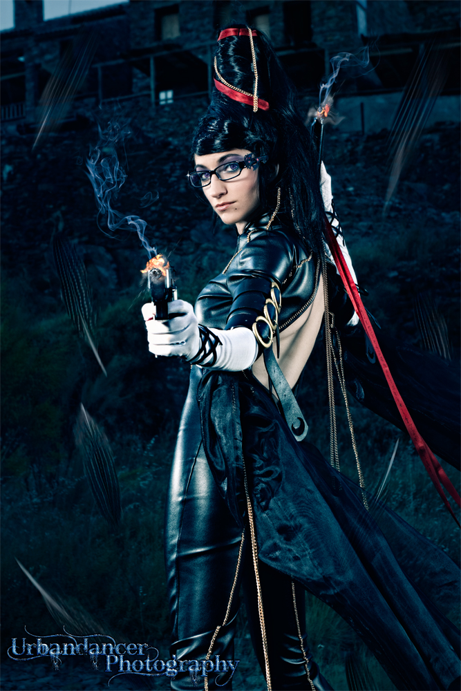 Nebulaluben is Bayonetta | Photo by: Urbandancer Photography