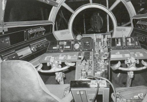set-photos-from-inside-millennium-falcon-in-star-wars-episode-vii13