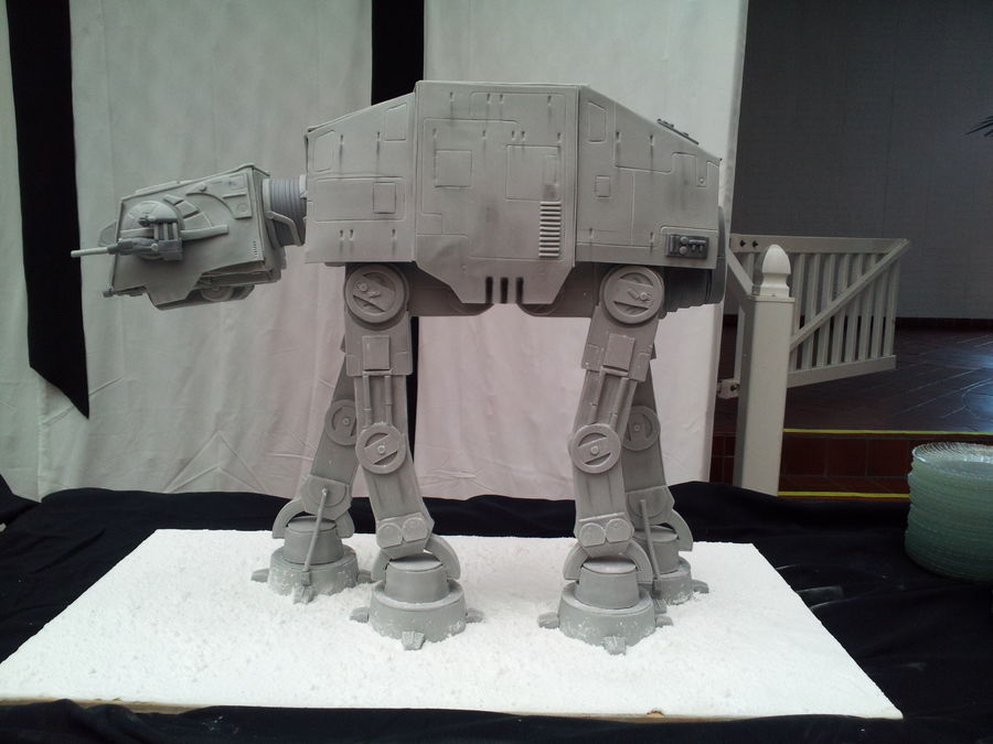 imperial-at-at-walker-cake