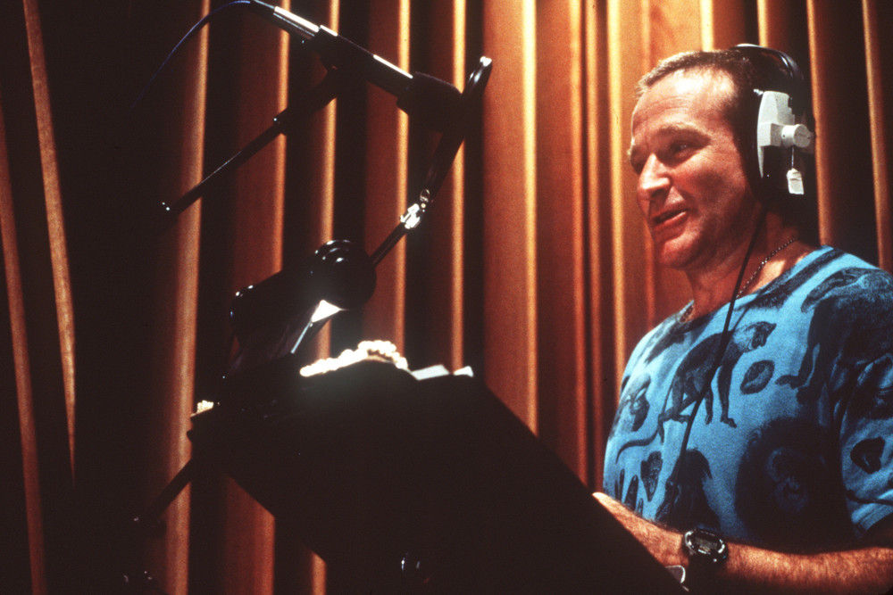 watch-robin-williams-record-his-voice-for-genie-in-disneys-aladdin