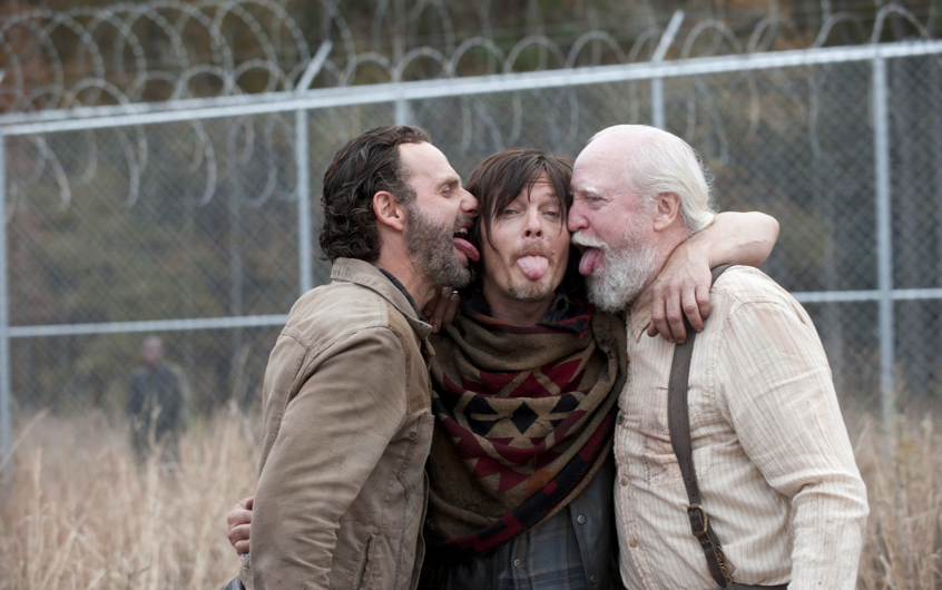 hershels-death-discussed-in-the-walking-dead-season-4-bonus-clip