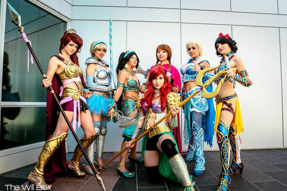 disney-princess-battle-armor-cosplay1