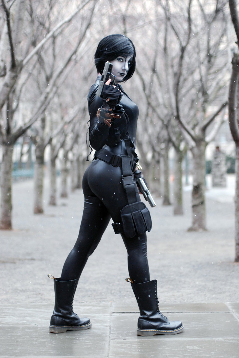 Domino Best Of Cosplay Collection Geektyrant