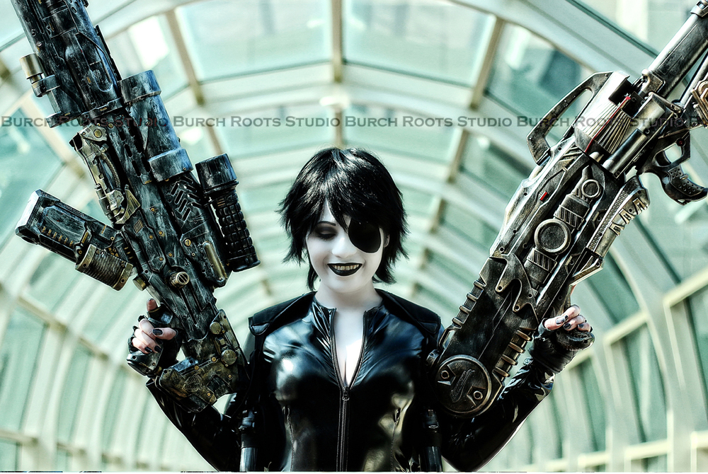 Evelynne Bell is Domino | Photo by: BurchRootsStudio