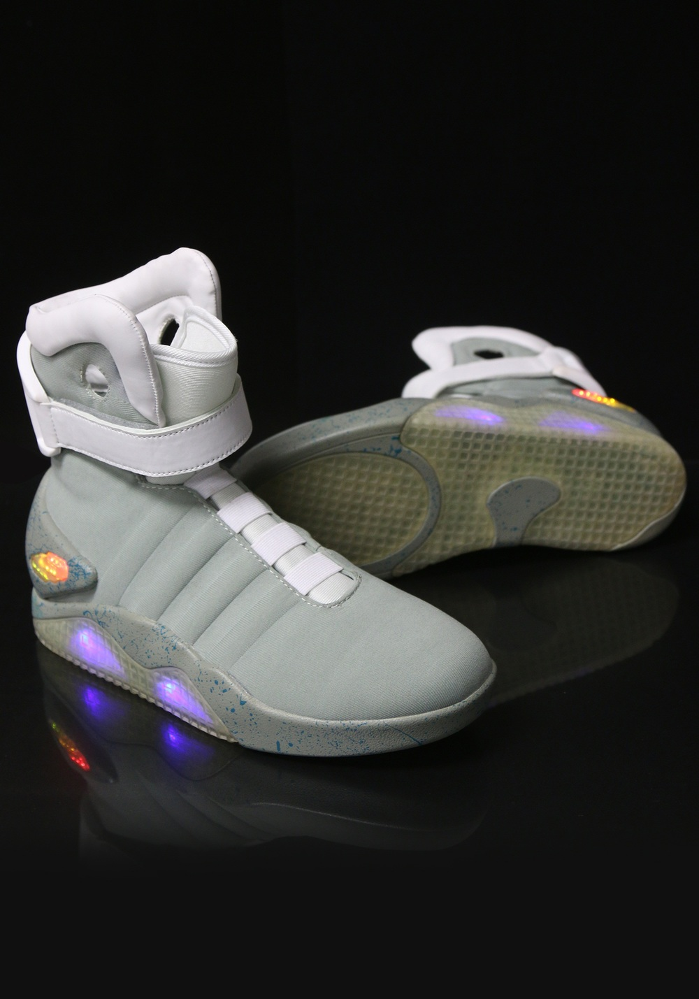 back-to-the-future-2-light-up-shoes-alt-2.jpg