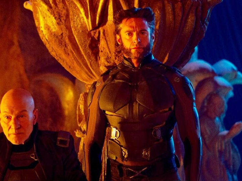 Wolverine and Storm Kiss in X-MEN: DAYS OF FUTURE PAST