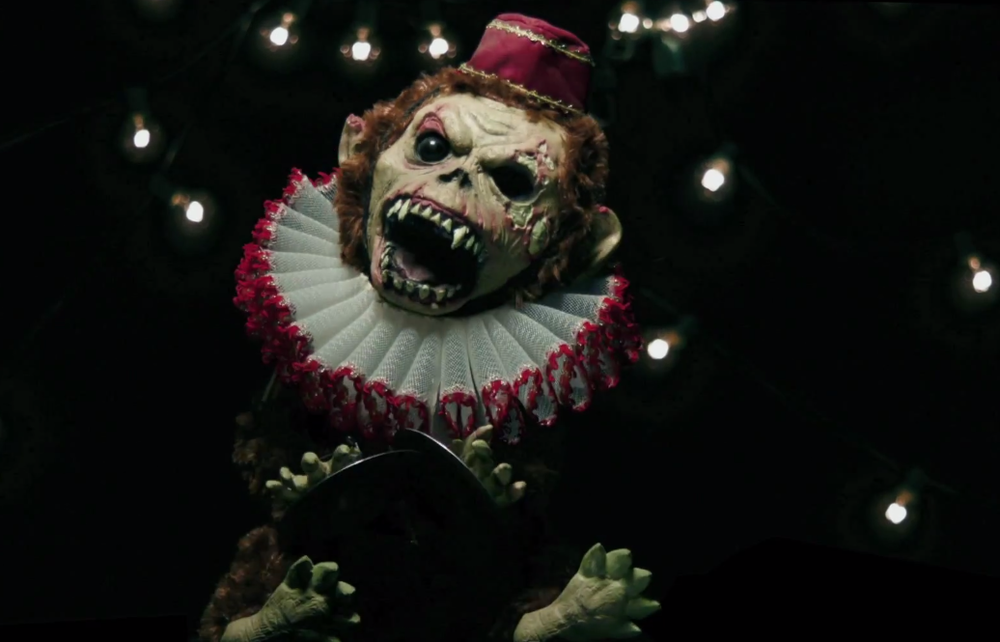 american-horror-story-freak-show-open-sequence-and-full-trailer