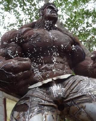 Massive Scrap Metal Hulk Sculpture Geektyrant