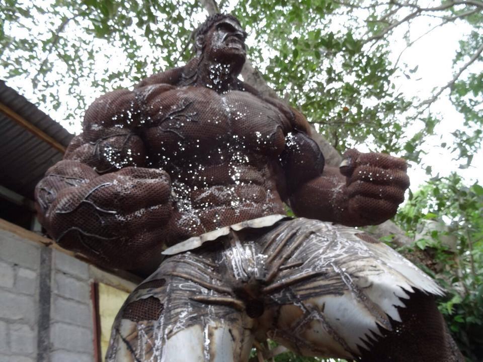 massive-scrap-metal-hulk-sculpture
