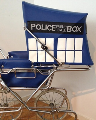 DOCTOR WHO Inspired TARDIS Old School Stroller