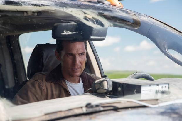 Interstellar-McConaughey-car.jpg