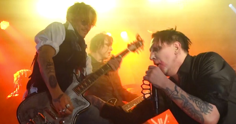 watch-johnny-depp-rock-out-with-marilyn-manson-the-beautiful-people