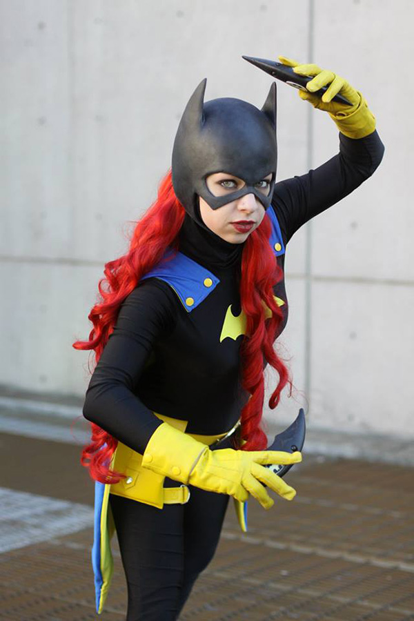Two Batgirl Character Designs Combined in One Cosplay ...