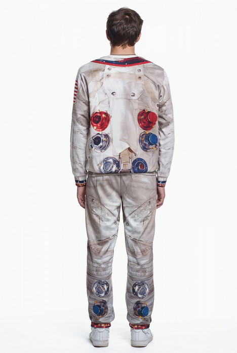 apollo-11-inspired-spacesuit-sweatsuit2