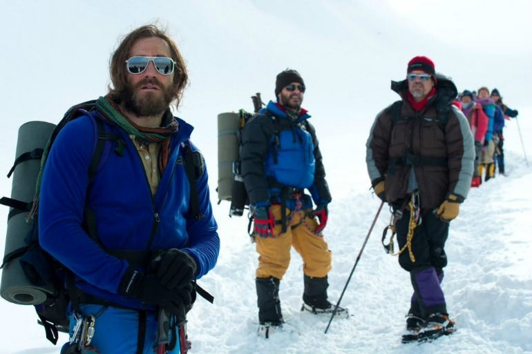 new-photo-of-jake-gyllenhaal-from-everest