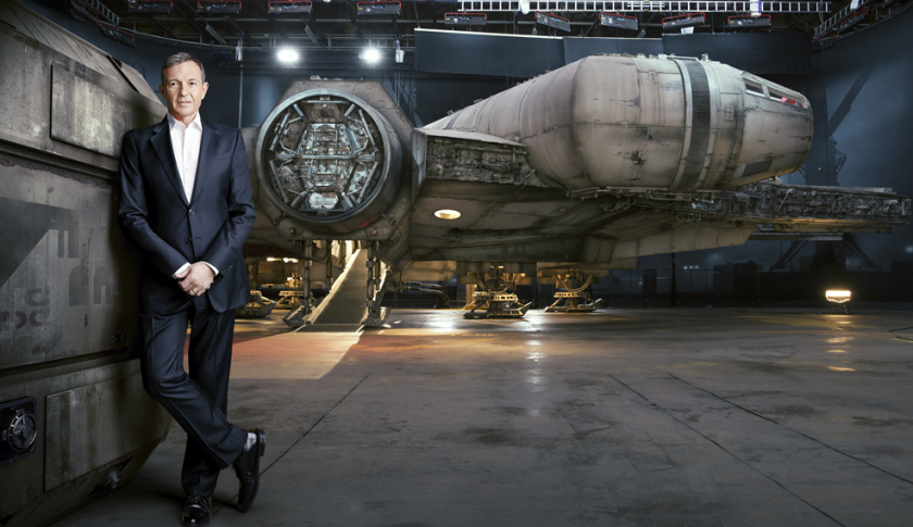 new-images-of-the-millennium-falcon-from-star-wars-the-force-awakens