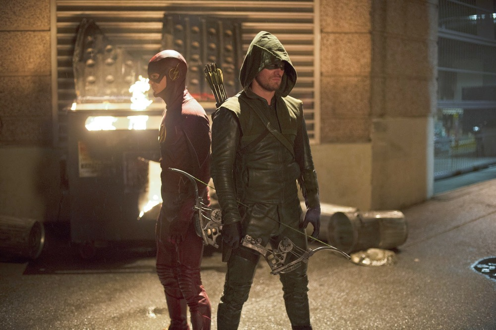 arrow-and-the-flash-officially-renewed-for-new-seasons