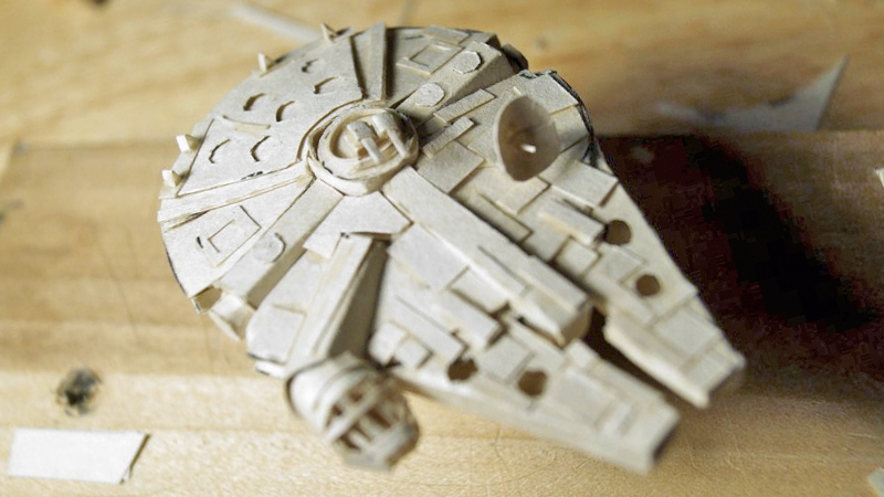 Tiny Detailed Papercraft Millennium Falcon Geektyrant