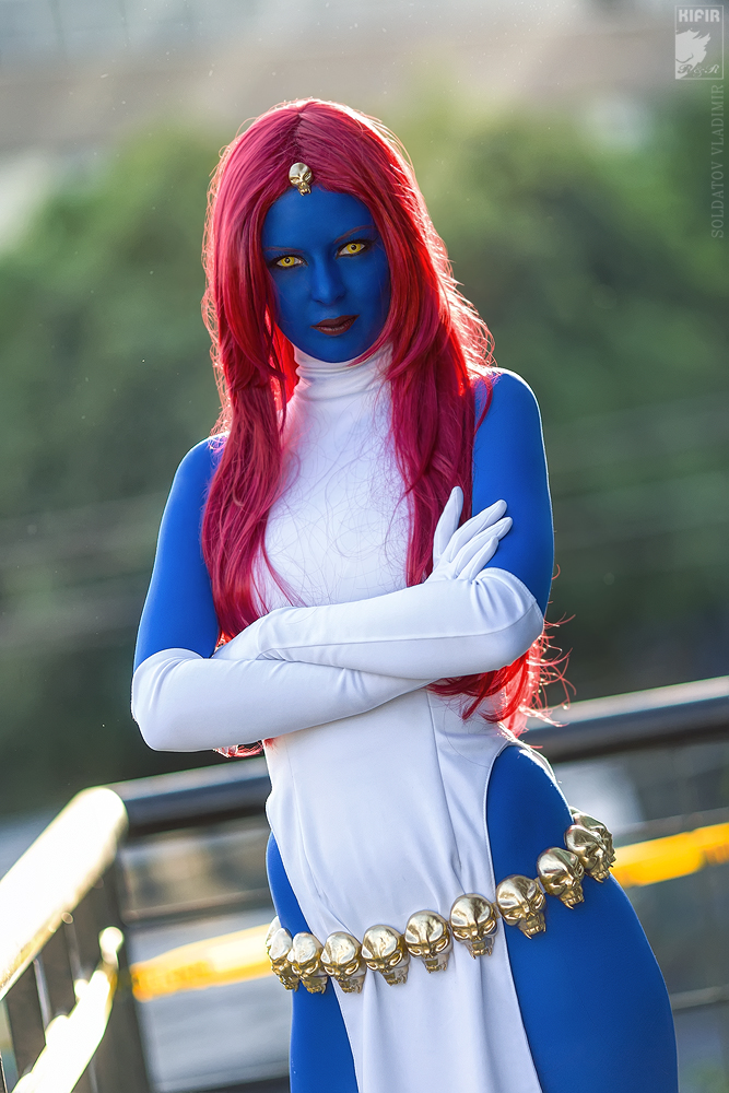 mystique_by_rei_doll-d5ugvdf.jpg