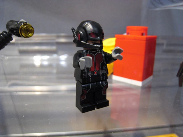 Lego set peek: Ant-Man Final Battle ~ ToyLab