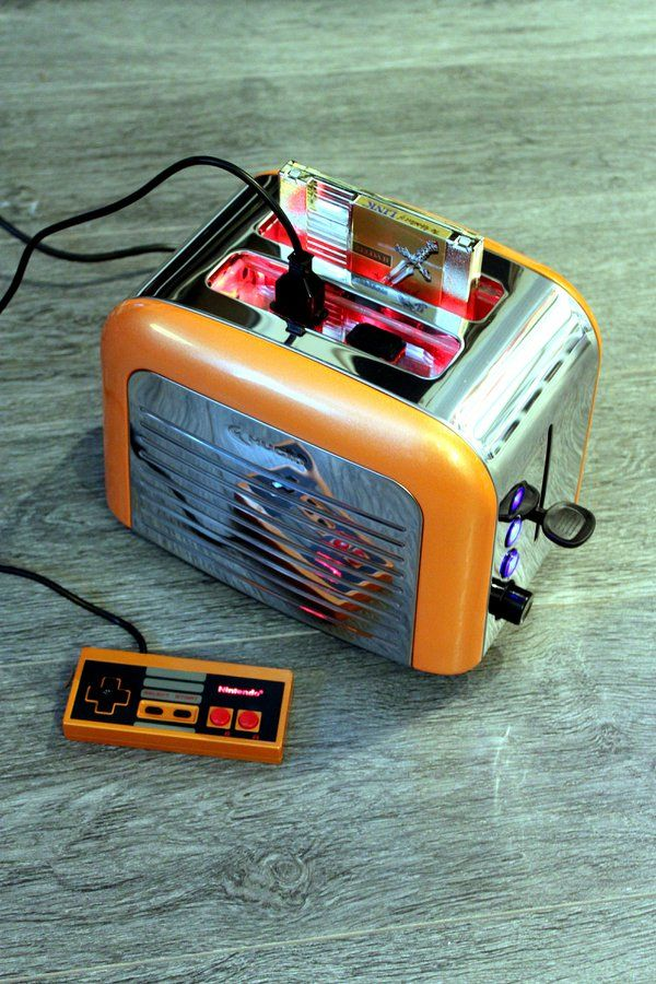 Retro Toaster Turned Into A Working Nintendo Console