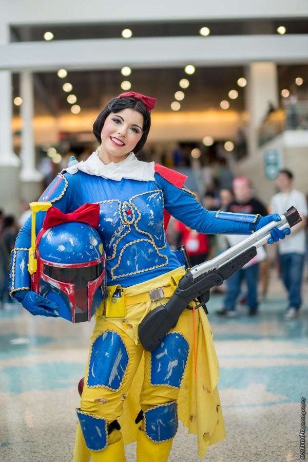 Boba Fett and Snow White Cosplay Crossover — GeekTyrant