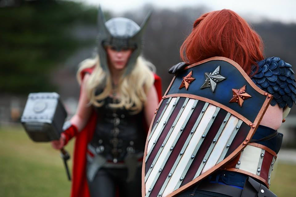 captain-america-battles-thor-in-female-cosplay-photoshoot