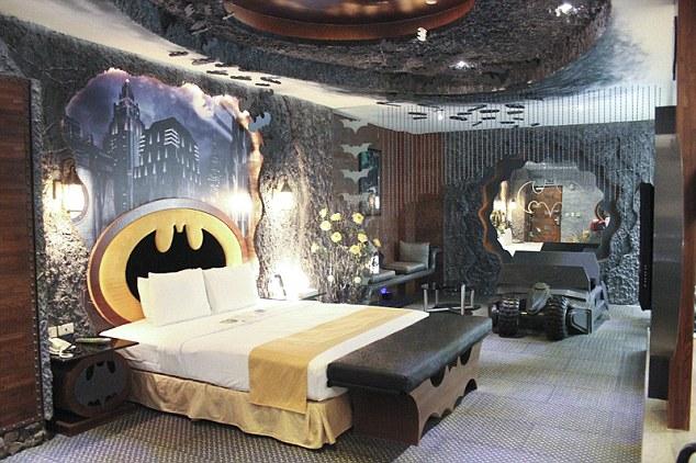 Batman Themed Hotel Room In Taiwan Geektyrant