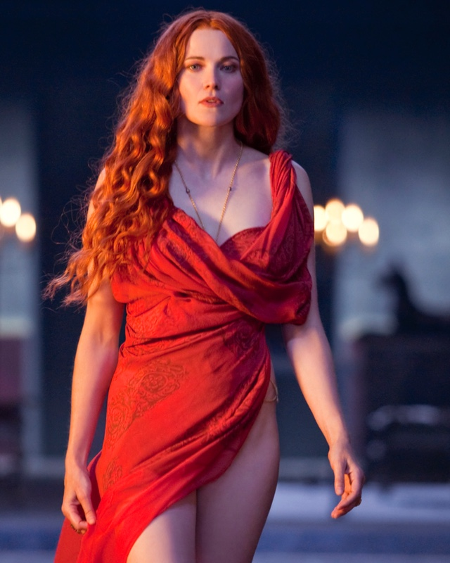 lucy lawless joins bruce campbell in ash vs evil dead