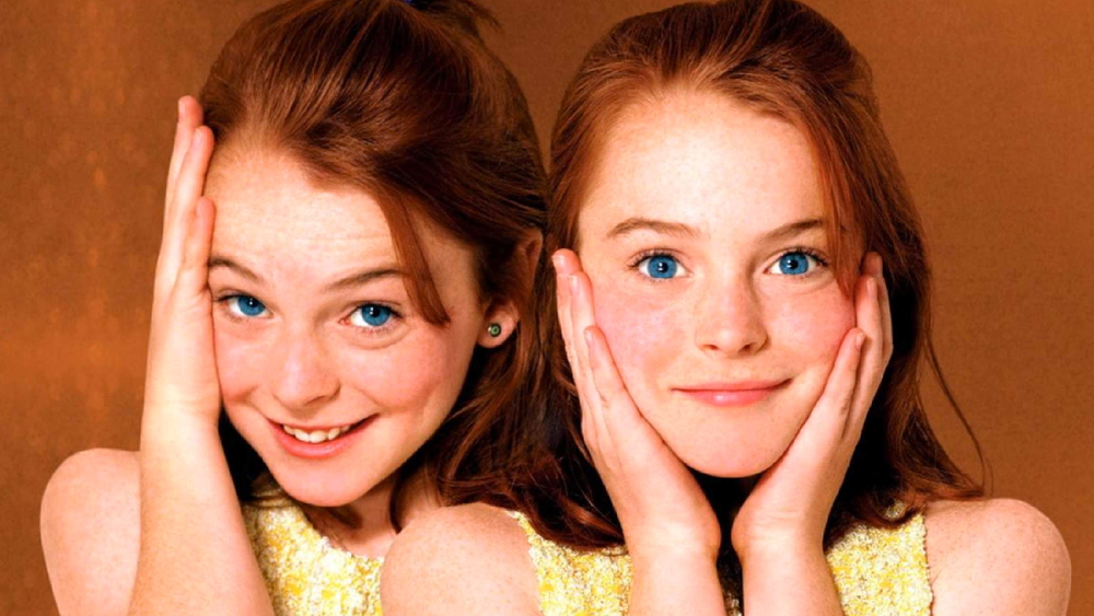 25 Actors Who Played Their Own Twin Geektyrant