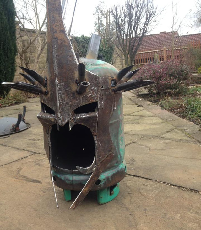 LORD OF THE RINGS Witch King Fire Pit — GeekTyrant
