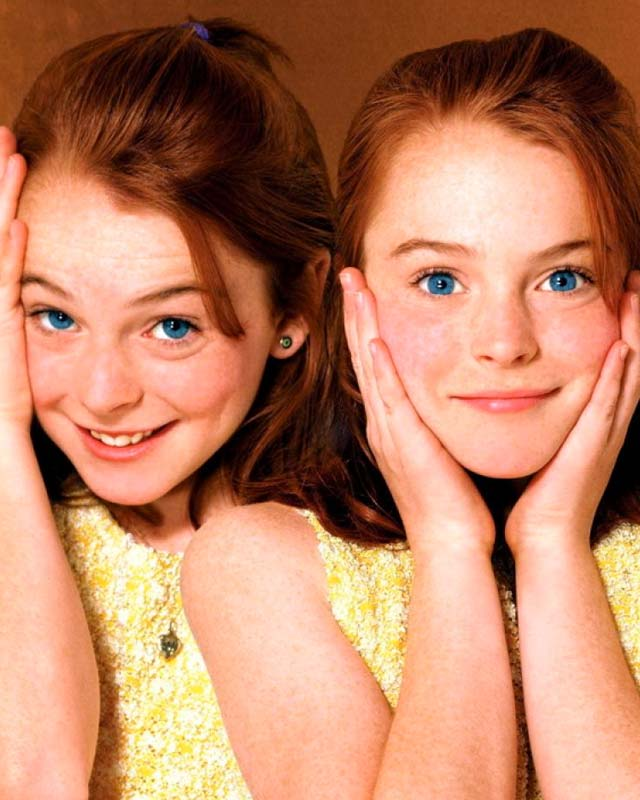 25 Actors Who Played Their Own Twin — GeekTyrant