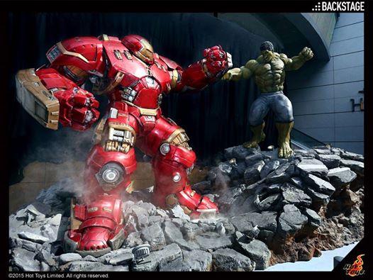 hot-toys-reveals-life-size-hulk-vs-hulkbuster-display