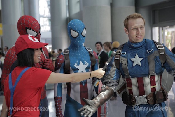 stunning-wondercon-cosplay-featured-in-videos