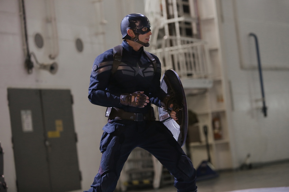 the-evolution-of-captain-americas-uniform-stealth-strike-mission.jpg