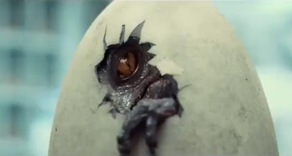 jurassic-world-tv-spots-features-john-hammond-voice-over-and-baby-indominus-rex