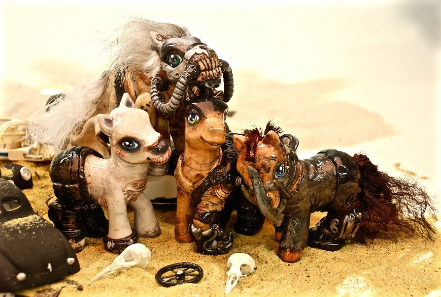 my-little-ponys-reimagined-as-mad-max-fu