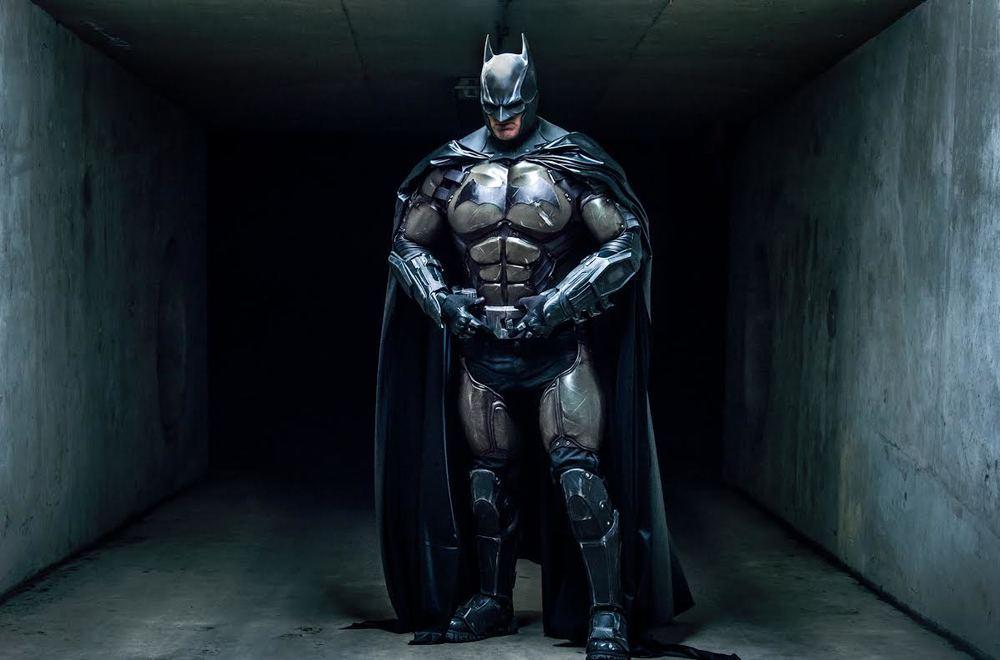stunning-batman-cosplay-inspired-by-arkham-origins1