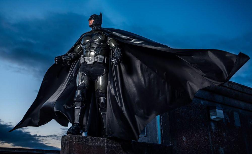 stunning-batman-cosplay-inspired-by-arkham-origins6