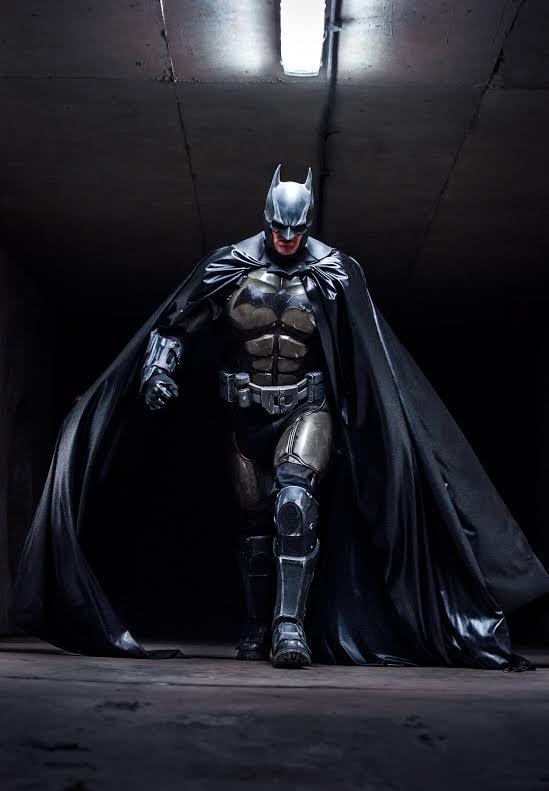 stunning-batman-cosplay-inspired-by-arkham-origins7