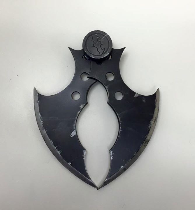 stunning-batman-cosplay-inspired-by-arkham-origins8