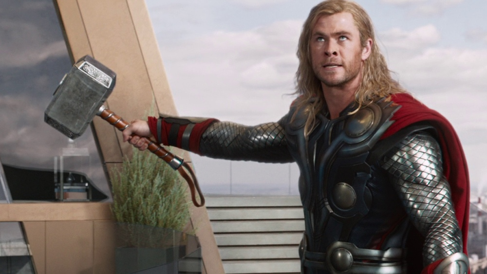 someone-other-than-thor-may-lift-mjolnir-in-captain-america-civil-war-social.jpg
