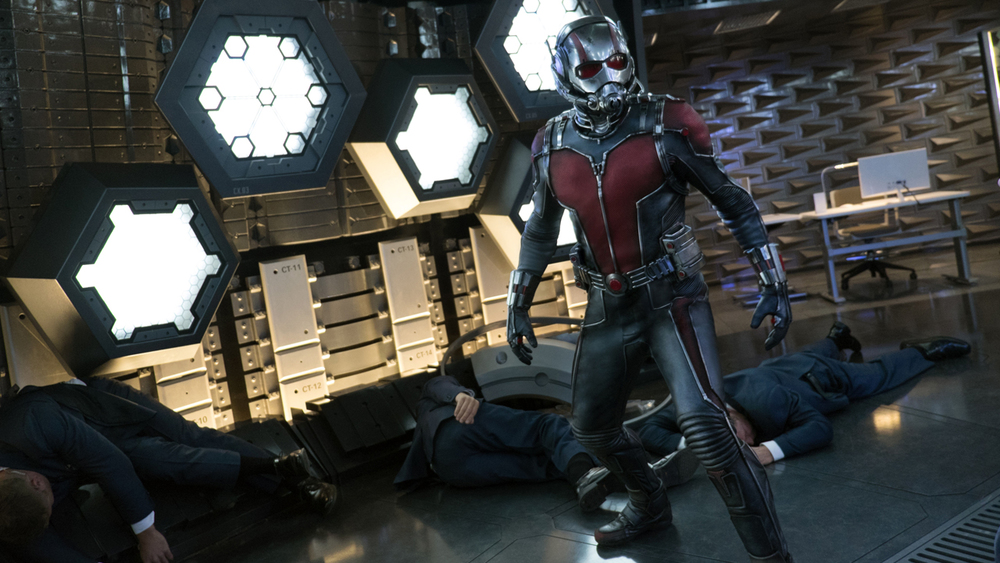 new-ant-man-trailer-and-viral-video-conects-to-the-mcu