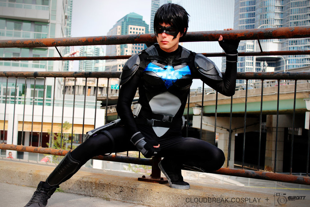 Cloudbreak Cosplay  is Nightwing | Photo by  Burditt Photography