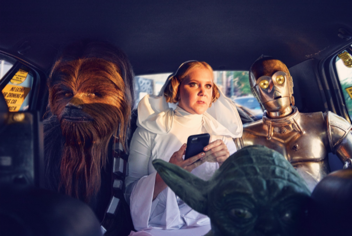 STAR WARS épisode 7  - Page 5 Amy-schumer-parties-hard-star-wars-style-in-gq-photoshoot4?format=1000w